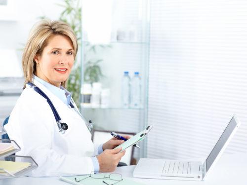 jak poinformować o ciąży - lekarz