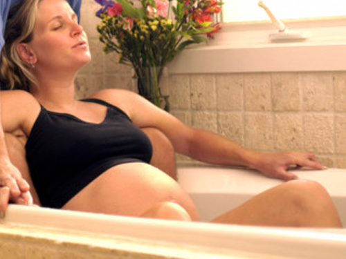 gorąca kąpiel, pobyt w saunie